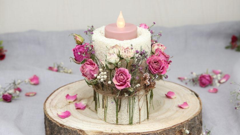 DIY: Kerzenständer aus Luffa mit Trockenblumen