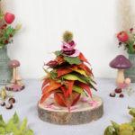 Naturdeko: Laubbaum basteln mit Blättern und Rosenblüten